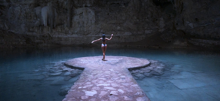 girl-in-cenote-mexico