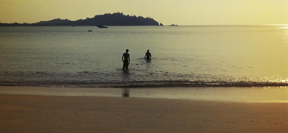 koh phayam to boy on beach