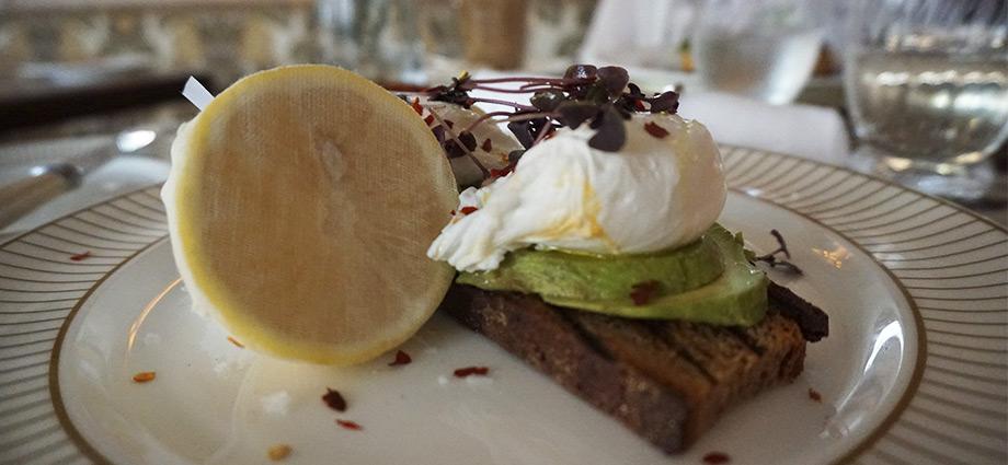 avocado-toast-london