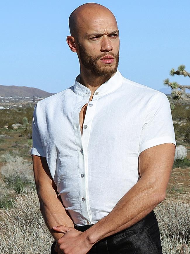 shop-desert-tribe-bedouin-shirt-close-up-look-side