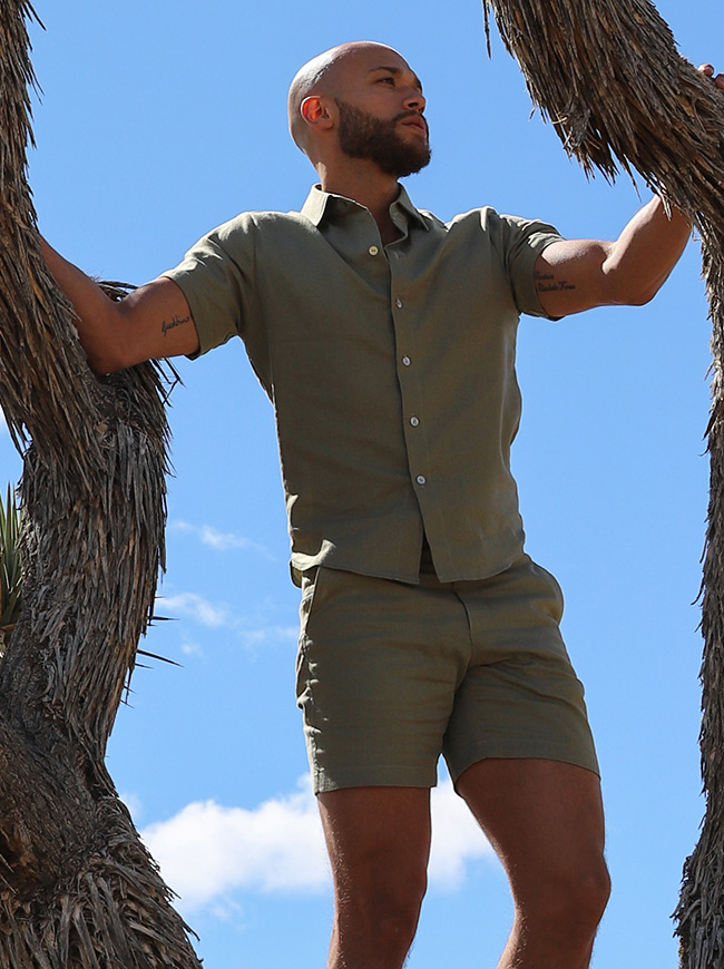 shop-desert-tribe-impala-shirt-up-in-tree-standing-look-side