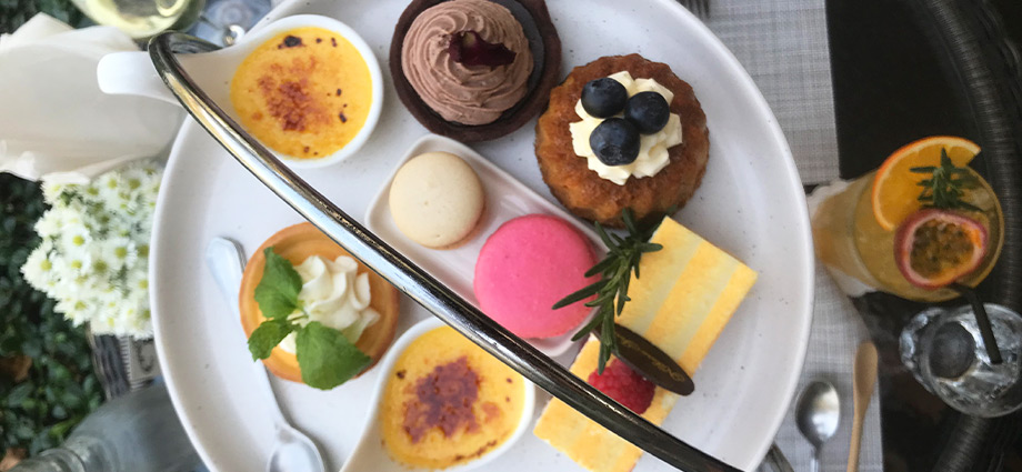 travel-wellness-brunch-plate-cakes-best-way-to-spend-3-days-Chiang-Mai