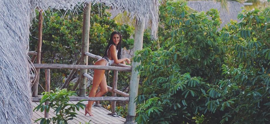 travel-beach-vacation-tree-house-bungalow-barra-beach