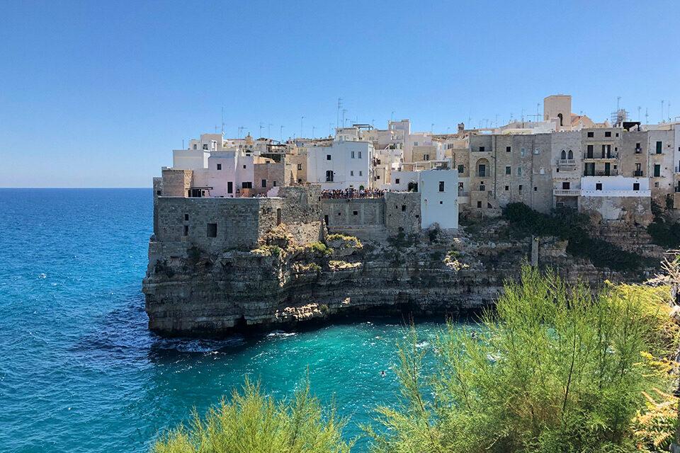 south-italy-puglia-garagano-coast