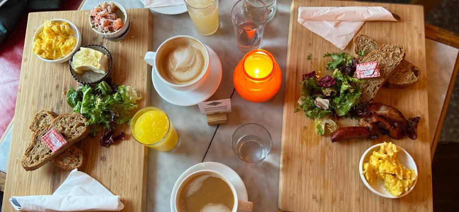 healthy-lunch-weekend-brunch-vespa-og-humla