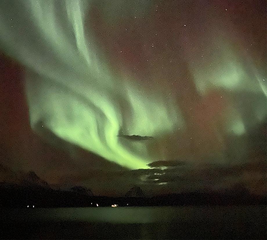 travel-scenery-northern-lights-tips-norway-aurora-boealis